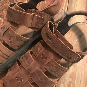 Stride Rite Shoes - Stride Rite Hudsen - Boys 13.5 Brown Sandal XW